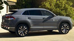 Volkswagen Cross Sport 2020 es un Teramont con estilo deportivo