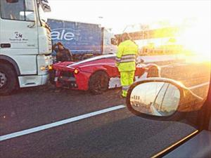 El primer accidente de un Ferrari LaFerrari