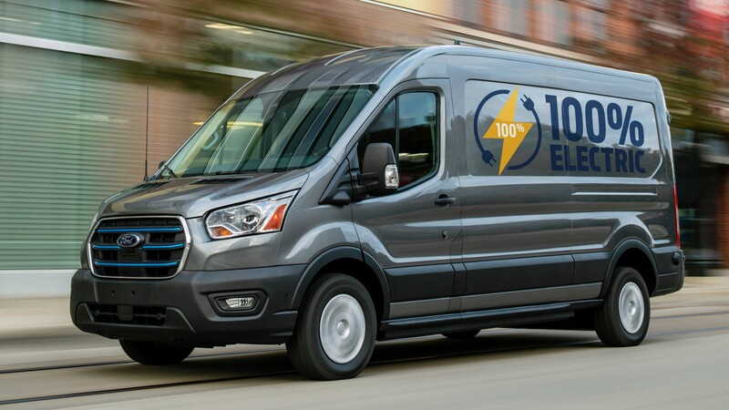 Ford E-Transit 2022, multifacética van es 100% eléctrica