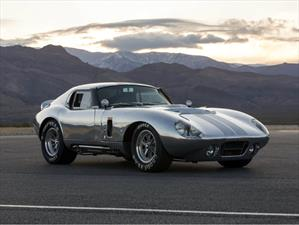 Shelby Cobra Daytona Coupé 50th Anniversary debuta
