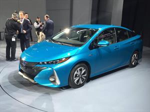 Toyota Prius Prime 2017, versión plug-in del híbrido más vendido del mundo