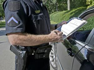 ¿Qué pasa si manejas sin licencia de conducir?