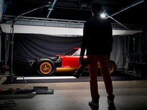 Un Lamborghini Miura SV explotando es lo mejor que vas a ver hoy