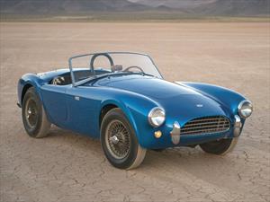 Shelby Cobra 260 CSX 2000 1962 se convierte en el carro estadounidense más caro del mundo