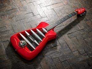 Guitarra de Alfa Romeo, para rockear con mucho estilo