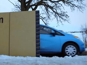 Video: Nissan vende el Note por internet y te lo entrega en una caja gigante