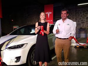 Tesla inaugura su primer súper cargador en México