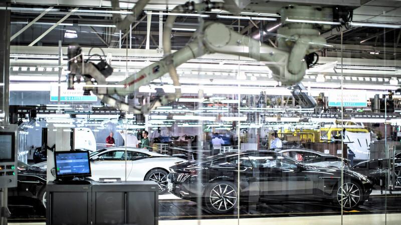 Lenovo es nuevo socio de Aston Martin