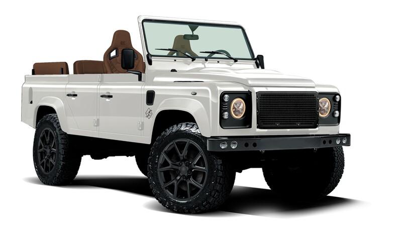 Este Land Rover Defender convertible tiene chasis de Jeep y motor de Corvette