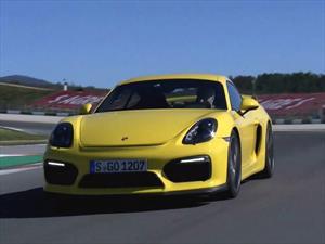 Walter Röhrl pone sus manos en el Porsche Cayman GT4
