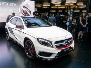 Mercedes-Benz presenta el GLA 45 AMG