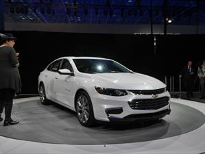 Chevrolet Malibú 2016, con nuevo look en Nueva York