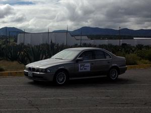 DuPont y AMBA realizan prueba balística a un BMW Serie 5 blindado