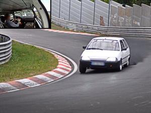 Increíble: Logra bajar los 10 minutos en Nürburgring con un Citroën AX de apenas 52 CV