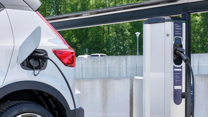Estas son las marcas que han vendido más autos eléctricos este año