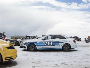 Mercedes-Benz Clase C 250 d 4MATIC establece récord en Pikes Peak 2015