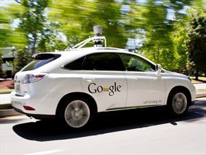 Van 12 autos de Google accidentados