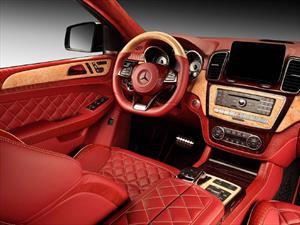 Echando a perder el interior de un Mercedes-Benz GLE