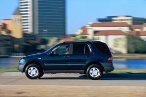 Se cumplen 20 años de la primera SUV de Mercedes-Benz