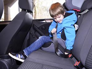 1 de cada 3 pasajeros no usa el cinturón de seguridad trasero