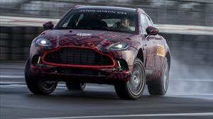 Aston Martin DBX: con 542 CV made in AMG
