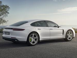 Nuevo Porsche Panamera 4 E-Hybrid, más deportividad y eficiencia