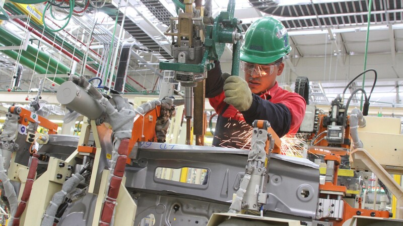 Nissan suspende la producción en planta de Aguascalientes