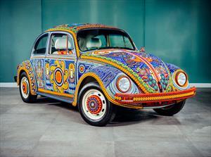 ¿Conoces al Vochol?, el VW Sedán convertido en una magnífica obra de Arte