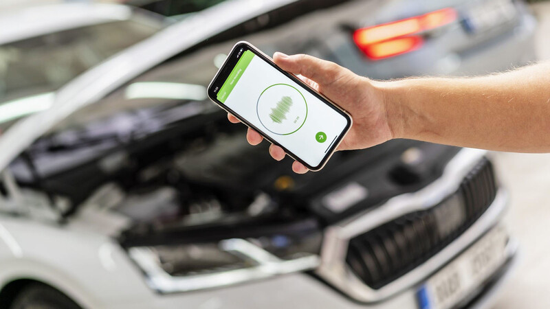 Skoda te ayuda a detectar fallas en tu auto con una app que escucha ruidos