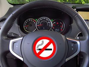 Prohíben fumar a los conductores cordobeses