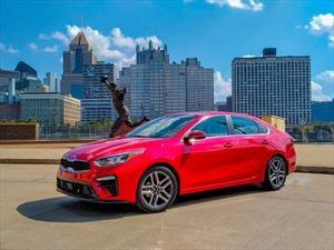 Un KIA Forte 2019 suelto en Pittsburgh