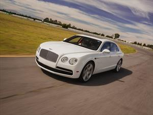Prueba Bentley New Flying Spur en pista