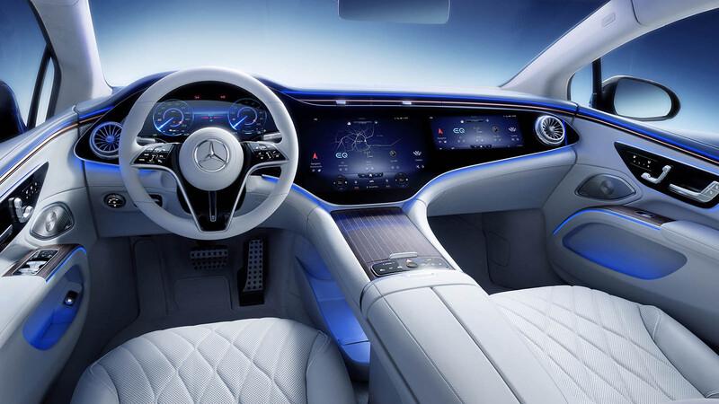 Mercedes Benz nos muestra el interior del EQS y su monumental pantalla