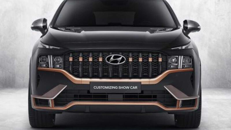 La Hyundai Santa Fe 2021 luce un nuevo kit N Performance, que la hace más atractiva