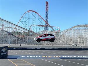 Video: Chevrolet Sonic logra nuevo Récord Guinness de salto en reversa