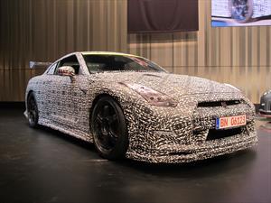 Video: Nissan GT-R NISMO hace 7:08 en Nürburgring