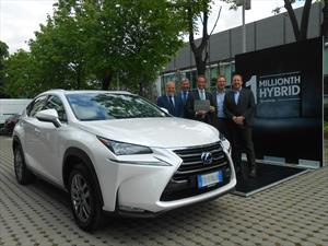 Lexus coloca un millón de unidades híbridas