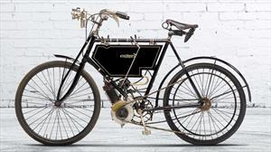 ¿Cuál fue la primera marca de motos?
