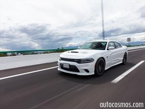 Manejamos el Dodge Charger SRT Hellcat 2016