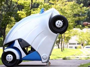 Armadillo T, un auto eléctrico plegable