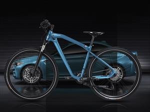 BMW Cruise M Bike, un tributo al M2