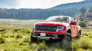 Probamos la Ford SVT Raptor, otra de las novedades del Salón de BA 2013