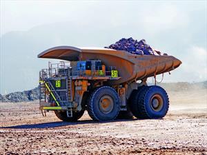 Desarrollan primer camión para minería con sistema Start/Stop