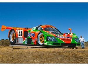 Artista crea un gigantesco Mazda 787B, el auto ganador de las 24 Horas de Le Mans