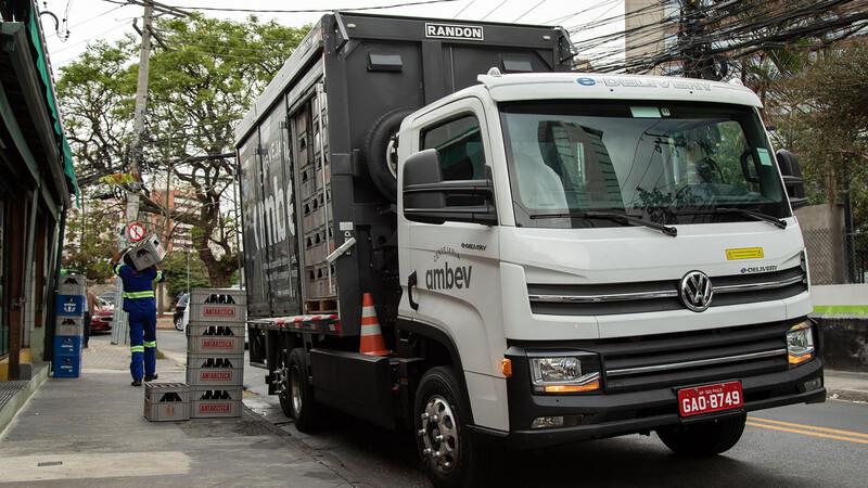 Volkswagen se prepara para entregar sus primeros 100 camiones eléctricos en Brasil