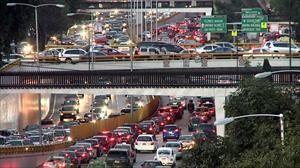 El tráfico y el transporte público afectan directamente la economía de una ciudad
