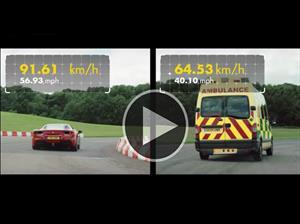 Hagan sus apuestas: Ferrari 488 GTB 1 Vs Ambulancia
