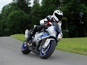 BMW Motorrad presenta ABS Pro, la nueva función de seguridad para la HP4