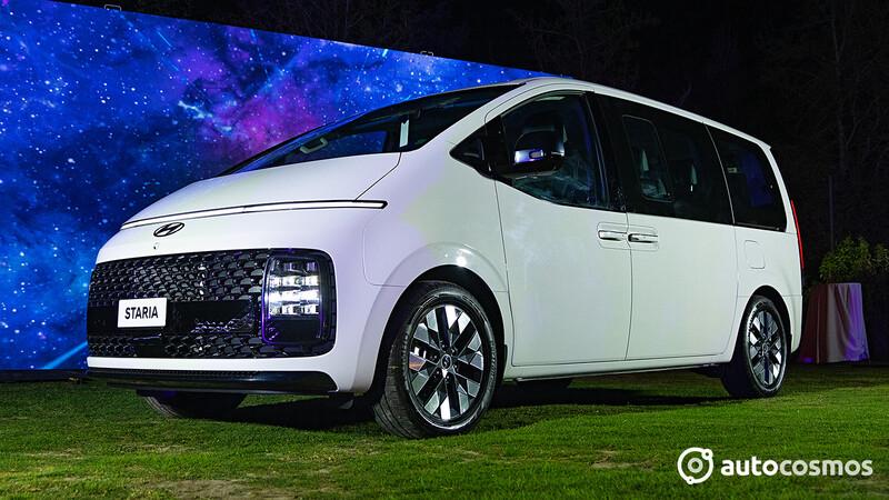 Hyundai Staria 2022 en Chile, un furgón de otro planeta