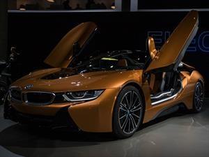 BMW i8 Roadster 2019, después de una larga espera llega la versión convertible